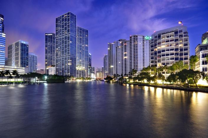 """<span class=""""caption"""">Miami and Miami Beach were built right up to the waterfront, with little room for nature.</span> <span class=""""attribution""""><a class=""""link rapid-noclick-resp"""" href=""""http://gettyimages.com/detail/photo/brickell-downtown-at-dusk-miami-royalty-free-image/545481008"""" rel=""""nofollow noopener"""" target=""""_blank"""" data-ylk=""""slk:Shobeir Ansari via Getty Images"""">Shobeir Ansari via Getty Images</a></span>"""