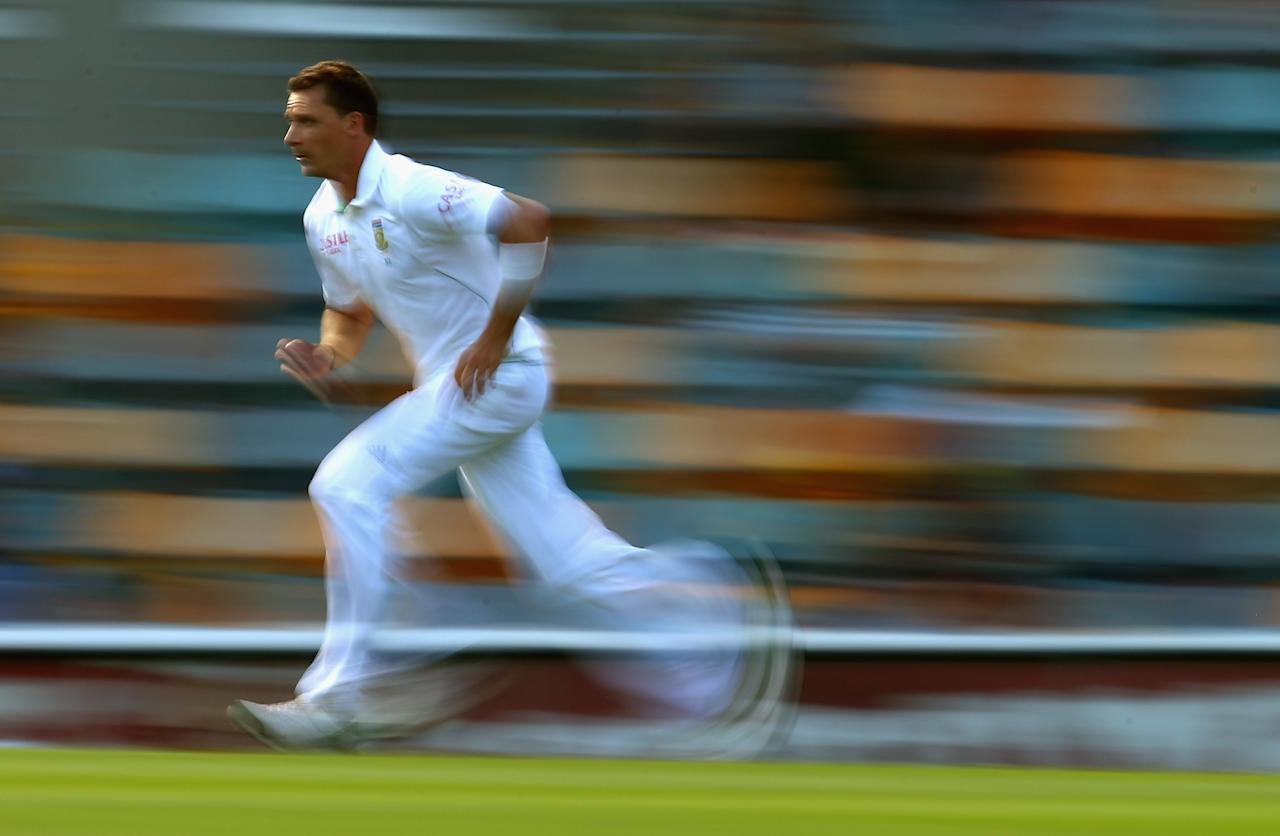 BRISBANE, AUSTRALIA - NOVEMBER 11:  Dale Steyn of South Africa bowls during day three of the First Test match between Australia and South Africa at The Gabba on November 11, 2012 in Brisbane, Australia.  (Photo by Ryan Pierse/Getty Images)