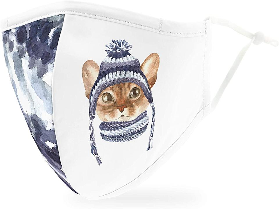 Weddingstar Holiday Face Mask in Cozy Cat.