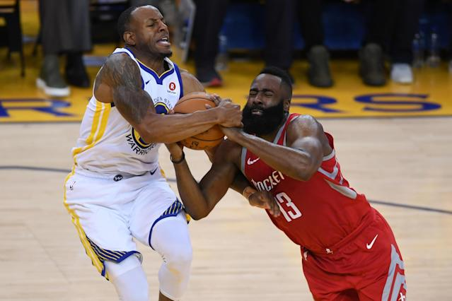 "<a class=""link rapid-noclick-resp"" href=""/nba/players/3826/"" data-ylk=""slk:Andre Iguodala"">Andre Iguodala</a> will not play Thursday night against the <a class=""link rapid-noclick-resp"" href=""/nba/teams/hou"" data-ylk=""slk:Rockets"">Rockets</a> after leg injury, but <a class=""link rapid-noclick-resp"" href=""/nba/players/4892/"" data-ylk=""slk:Klay Thompson"">Klay Thompson</a> is available after being listed as questionable, the team announced. (Getty Images)"