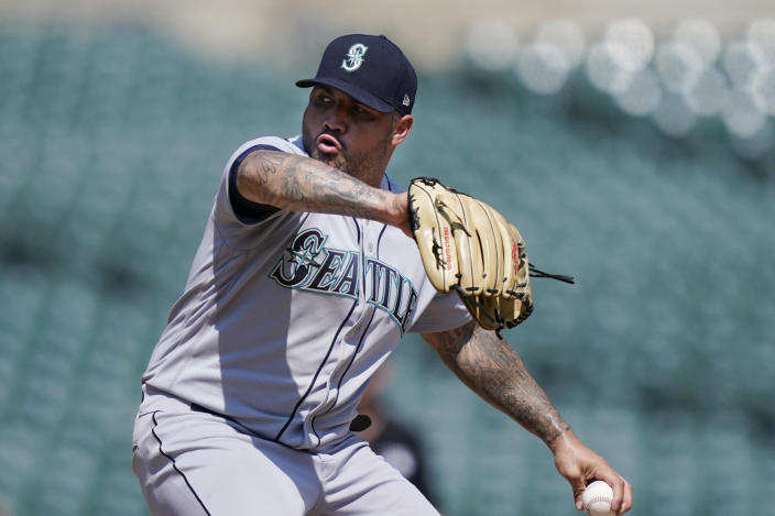 Seattle Mariners relief pitcher Hector Santiago throws during the eighth inning of a baseball game against the Detroit Tigers, Thursday, June 10, 2021, in Detroit. (AP Photo/Carlos Osorio)