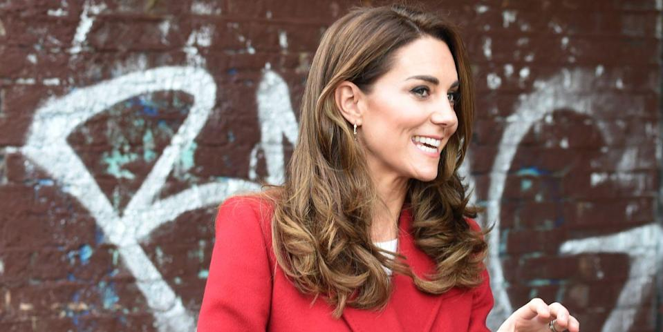 """Kate Middleton Looks Gorgeous in Autumnal Red Coat for """"Hold Still"""" Exhibit Visit"""