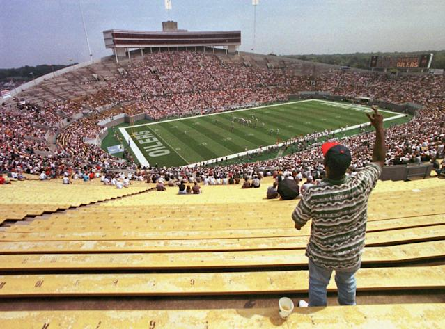 "A lone fan cheers on the Tennessee <a class=""link rapid-noclick-resp"" href=""/nhl/teams/edm"" data-ylk=""slk:Oilers"">Oilers</a> in Memphis. (AP)"