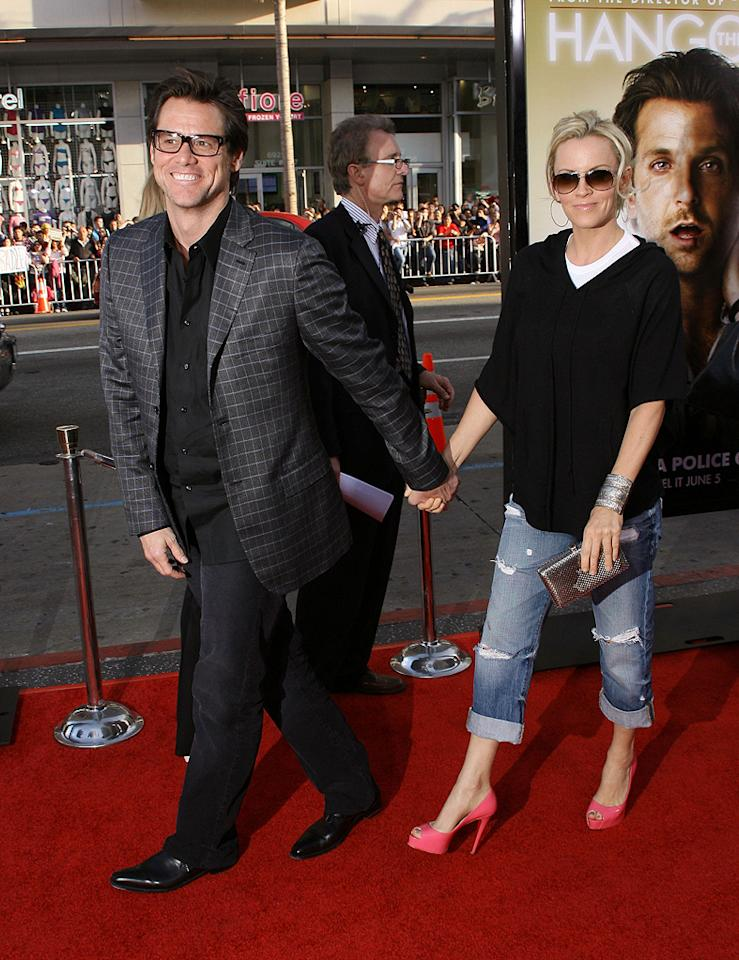 """<a href=""""http://movies.yahoo.com/movie/contributor/1800022997"""">Jim Carrey</a> and <a href=""""http://movies.yahoo.com/movie/contributor/1800020490"""">Jenny McCarthy</a> at the Los Angeles premiere of <a href=""""http://movies.yahoo.com/movie/1810044687/info"""">The Hangover</a> - 06/02/2009"""