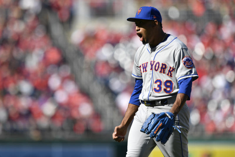 WASHINGTON, DC - MARCH 28: Edwin Diaz #39 of the New York Mets celebrates after the Mets defeated the Washington Nationals 2-0 on Opening Day at Nationals Park on March 28, 2019 in Washington, DC. (Photo by Patrick McDermott/Getty Images)