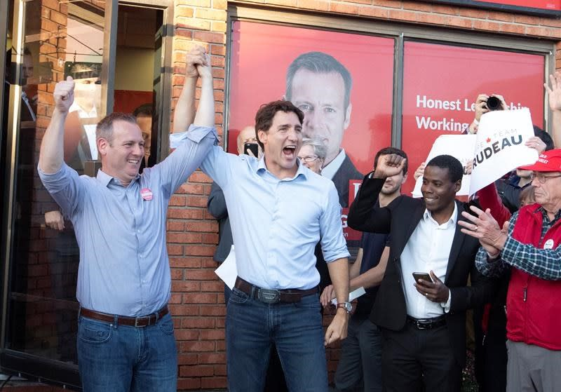 Grits, Tories start election campaign in dead heat,  NDP, Greens tied: Poll