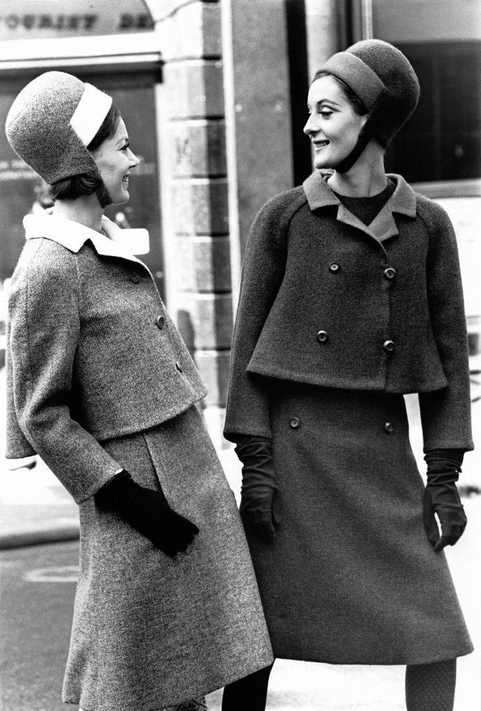 <p>This pic is a throwback to one of Christian Dior's fall-winter collections in the mid '60s. <br></p>