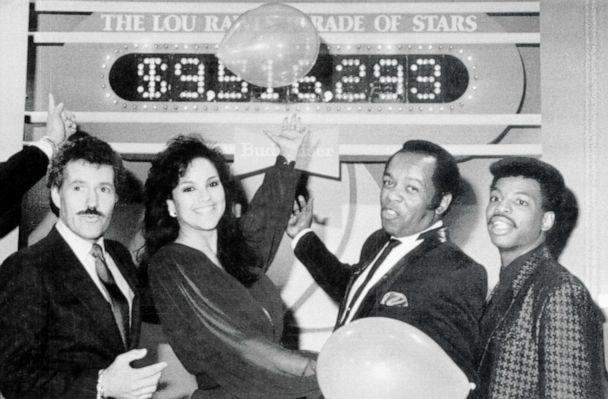 PHOTO: Alex Trebek, Jayne Kennedy, Lou Rawls and LeVar Burton participate in the seventh annual 'Lou Rawls Parade of Stars' telethon in 1986. (Bettmann Archive via Getty Images, FILE)