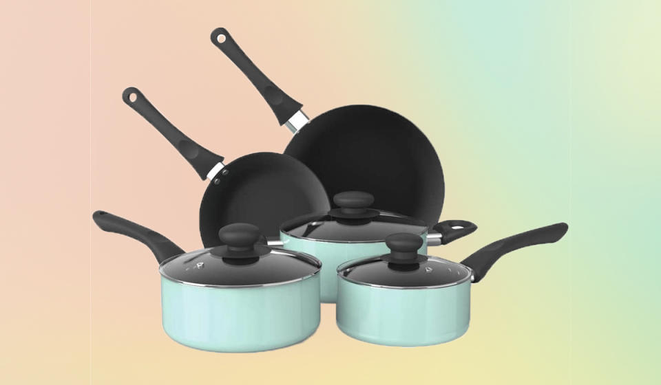 There's something to be said for having the right cookery for a DIY dinner. That something? Buy this set! (Photo: Walmart)