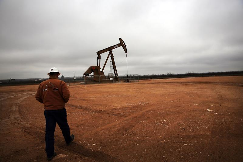 An oil well operates in Texas' Permian Basin. (Spencer Platt via Getty Images)