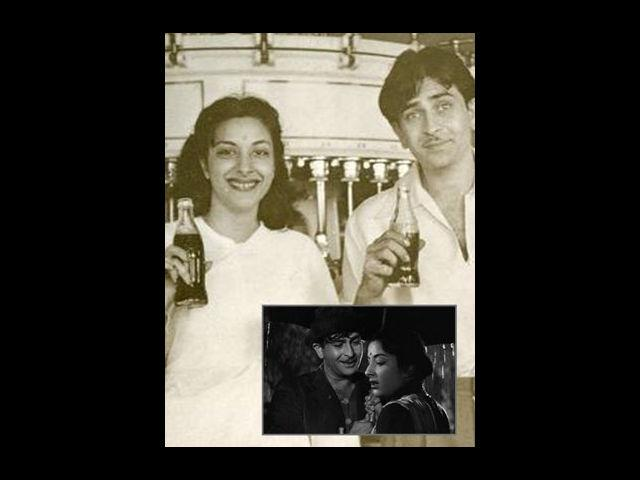 However, this love story did not last long because when Nargis met Raj, he was already married. Though Nargis wanted to marry Raj Kapoor, he was reluctant to divorce his wife Krishna. Nargis waited for almost 10 years for Raj but later decided to move on and got married to her co-star from Mother India- Sunil Dutt. Whatever, may have been the outcome, but undoubtedly, Raj-Nargis is the most memorable love affair in the history of Indian cinema.