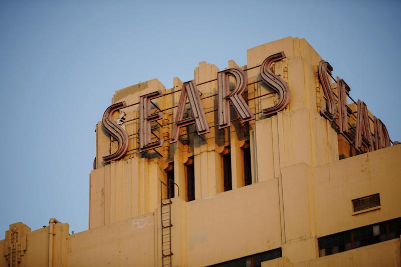 Sears' biggest holder bids $4.6 billion to salvage bankrupt chain