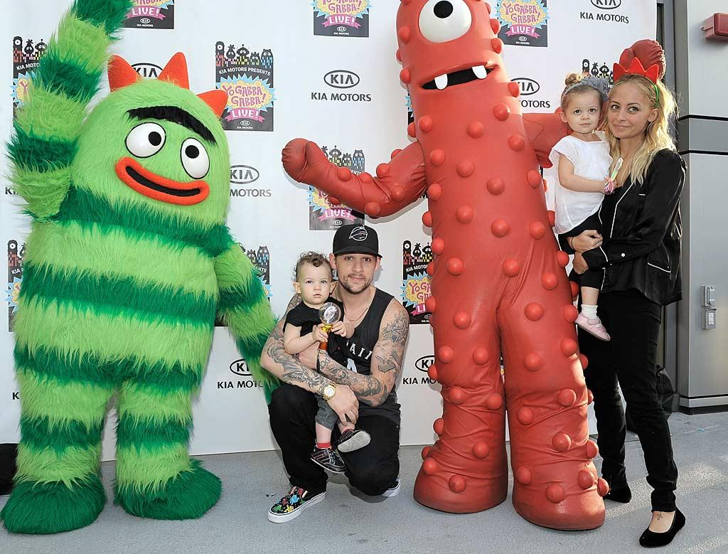 """Also fans of """"Yo Gabba Gabba!""""? Joel Madden and Nicole Richie's two cuties, Sparrow and Harlow. Charley Gallay/<a href=""""http://www.wireimage.com"""" target=""""new"""">WireImage.com</a> - November 27, 2010"""