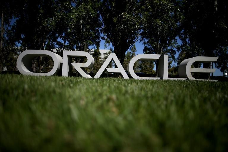 One of Silicon Valley's oldest tech firms, Oracle has announced it is moving its headquarters to Texas while founder Larry Ellison will work remotely from his Hawaiian island