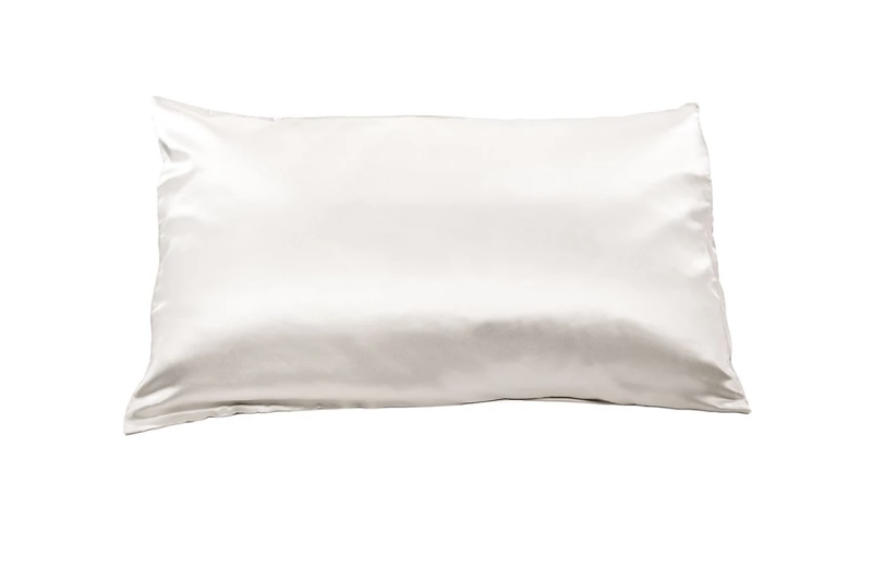 Fishers Finery Pure Mulberry Silk Pillowcase. (Photo: Fishers Finery Instagram)