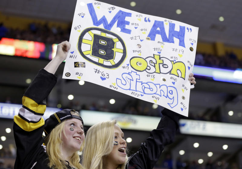 Red Sox, Bruins postpone games during manhunt