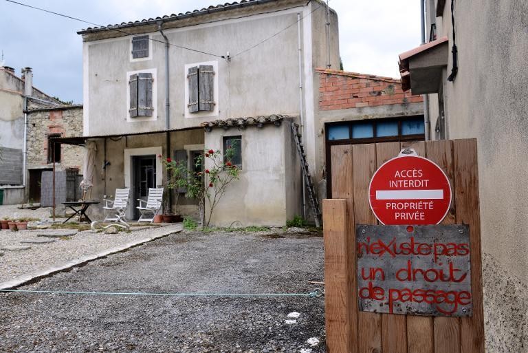 The house of British citizens Krystina and Robert James Dunlop in Brugairolles, southwestern France, seen on August 19, 2014 (AFP Photo/Remy Gabalda)