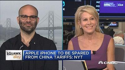 Mike Isaac of the New York Times and Jillian Manus of Structure Capital discuss the impact trade tensions in China will have on Apple.