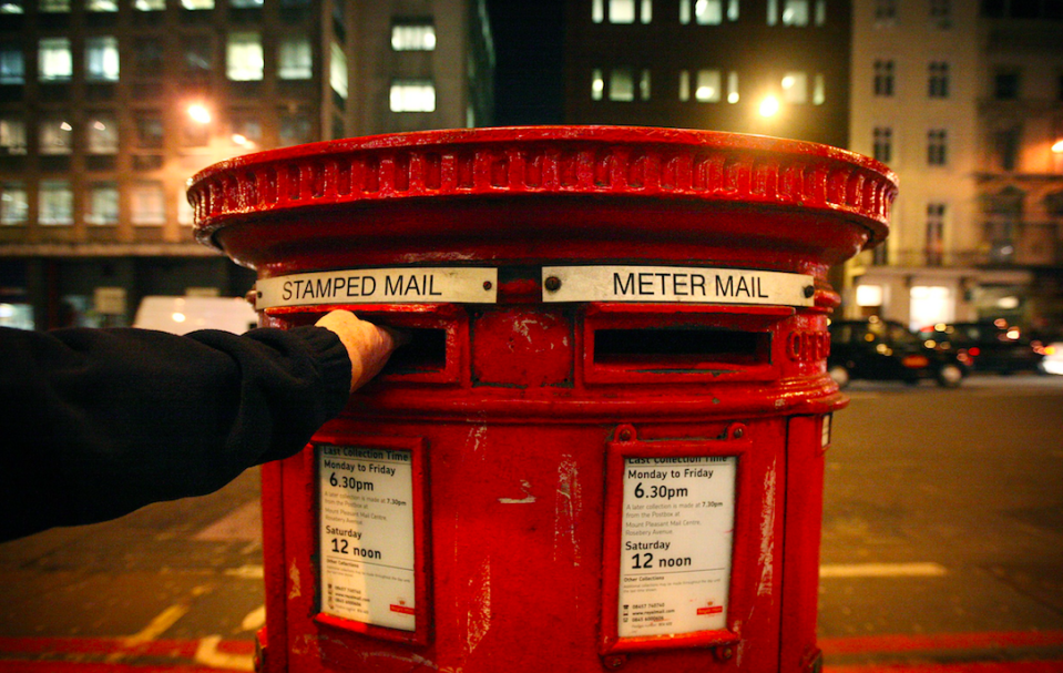 <em>Royal Mail have urged people to post the packets in envelopes (Getty)</em>