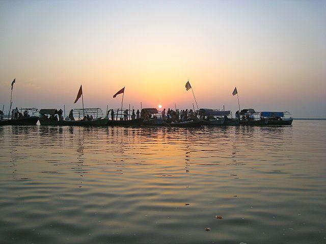 The Ardh Kumbh Mela, one of the largest religious gatherings in the world was held from 15 January, 2019 – 04 March, 2019 in Prayagraj. With the Mela, Prayagraj also got the world's largest temporary city. The Uttar Pradesh Government had allocated Rs 2800 crores as the budget for the 2019 Kumbh Mela, however, the expenditure went to Rs 4,300 crore. The NITI Aayog recently praised the UP Government for the successful arrangements during the mela. Image credit: <em><strong>Image credit: </strong></em>By Puffino – Own work, CC BY-SA 3.0, https://commons.wikimedia.org/w/index.php?curid=22912389