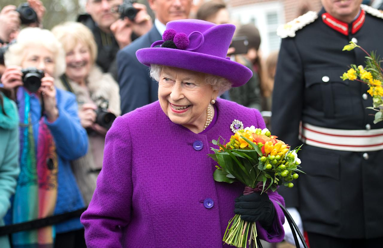 <p>Queen Elizabeth ll visits the King George V1 Day Centre in Windsor. (PA) </p>