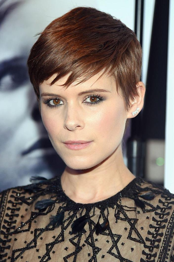 <p>Think of this cut as the pixie's trendy French cousin. It's sophisticated, effortlessly chic, and was worn by celebrities like Kate Mara, Lily Collins, and Michelle Williams in the mid-2010s.</p>