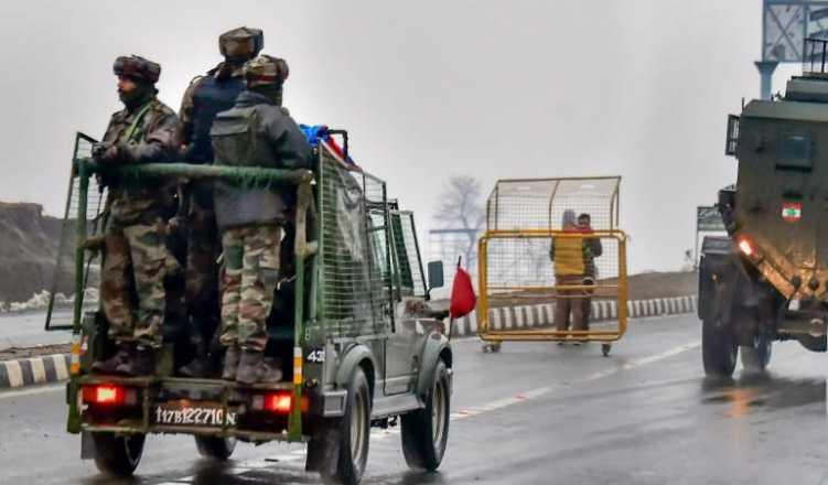 Pulwama fallout: Tour operators rue cancellation of bookings to Kashmir