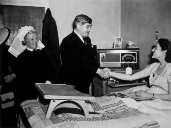 Aneurin Bevan meeting a patient at Papworth Village Hospital (Getty)