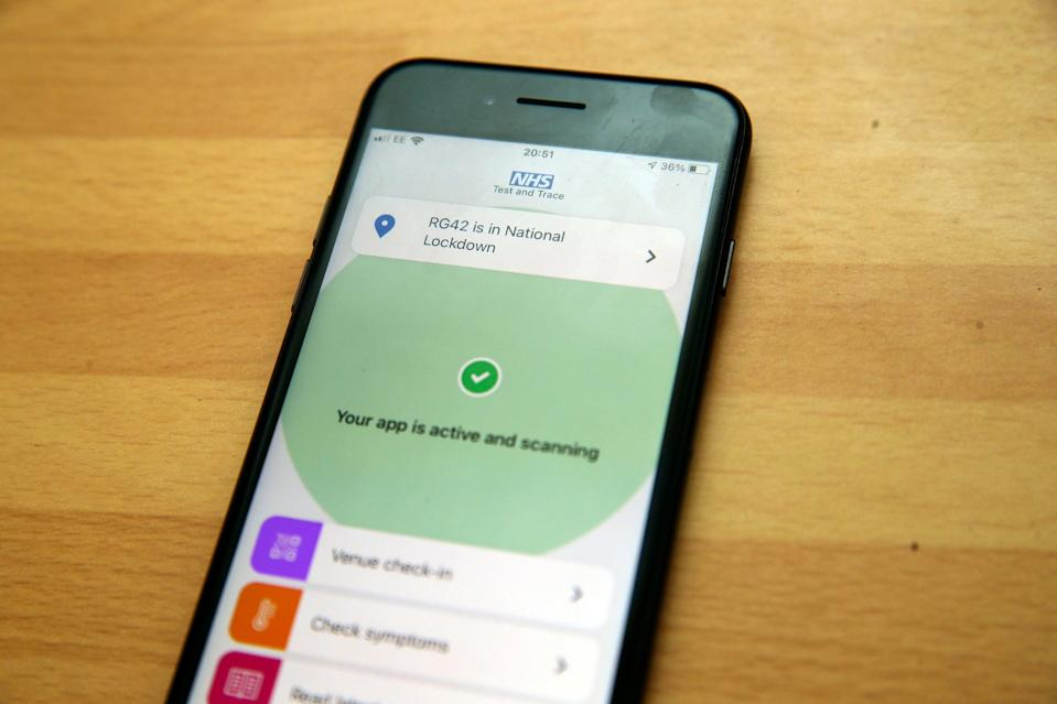 The public support the use of a tracking app (PA)