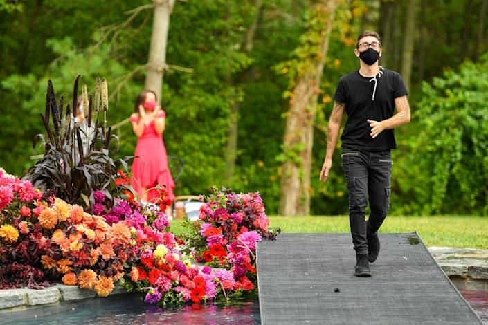 "<h1 class=""title"">Christian Siriano Collection 37 2020 Fashion Show - Runway</h1> <div class=""caption""> Christian Siriano walks the runway at his recent show in Westport, Connecticut. </div> <cite class=""credit"">Photo: Mike Coppola / Via Getty Images</cite>"
