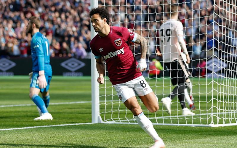 Pressure builds on Jose Mourinho as West Ham breeze past woeful Man Utd