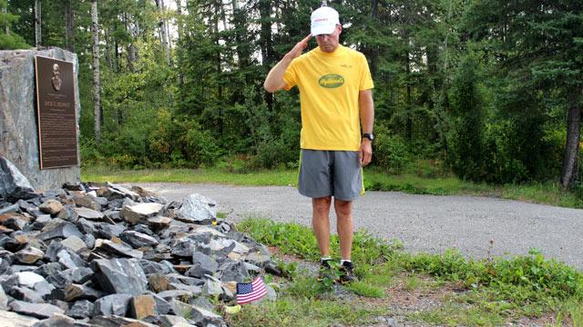 Army Vet Runs Across Country to Remember Soldiers