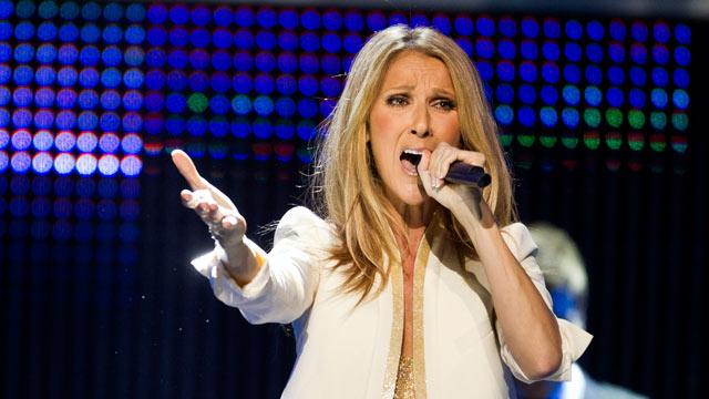 Celine Dion, Lionel Richie Perform at Walmart Shareholders Meeting