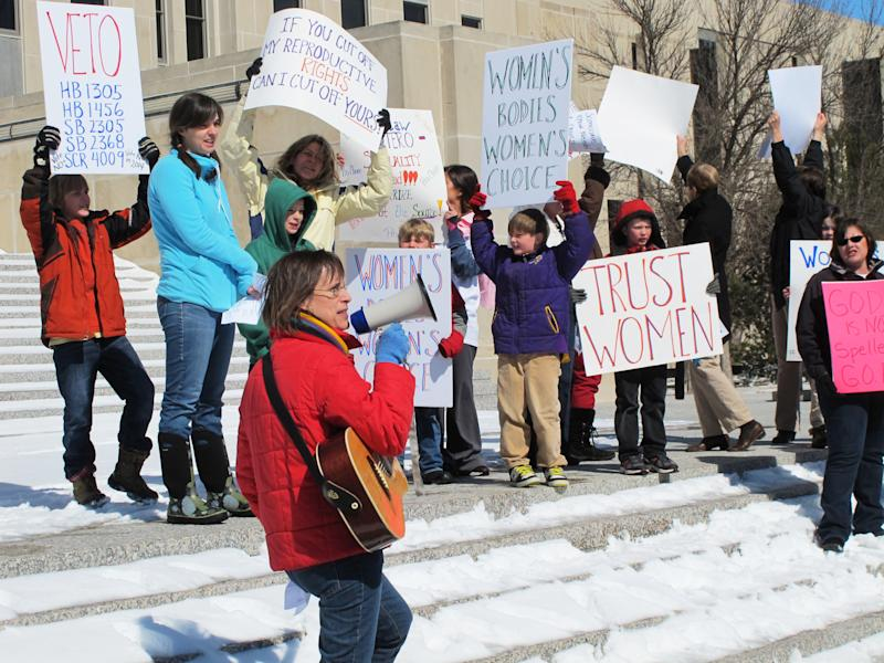 ND abortion clinic files federal legal challenge