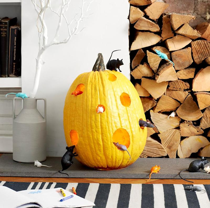 6 Toy-Inspired Pumpkin Decorating Ideas