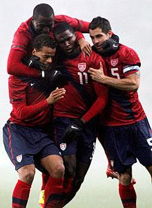 U.S. snaps scoring drought with 3-2 win