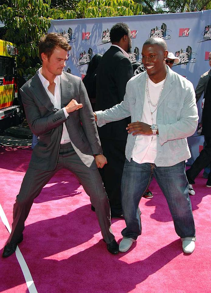 "Josh Duhamel shows Tyrese Gibson some of his fancy footwork. Steve Granitz/<a href=""http://www.wireimage.com"" target=""new"">WireImage.com</a> - June 3, 2007"