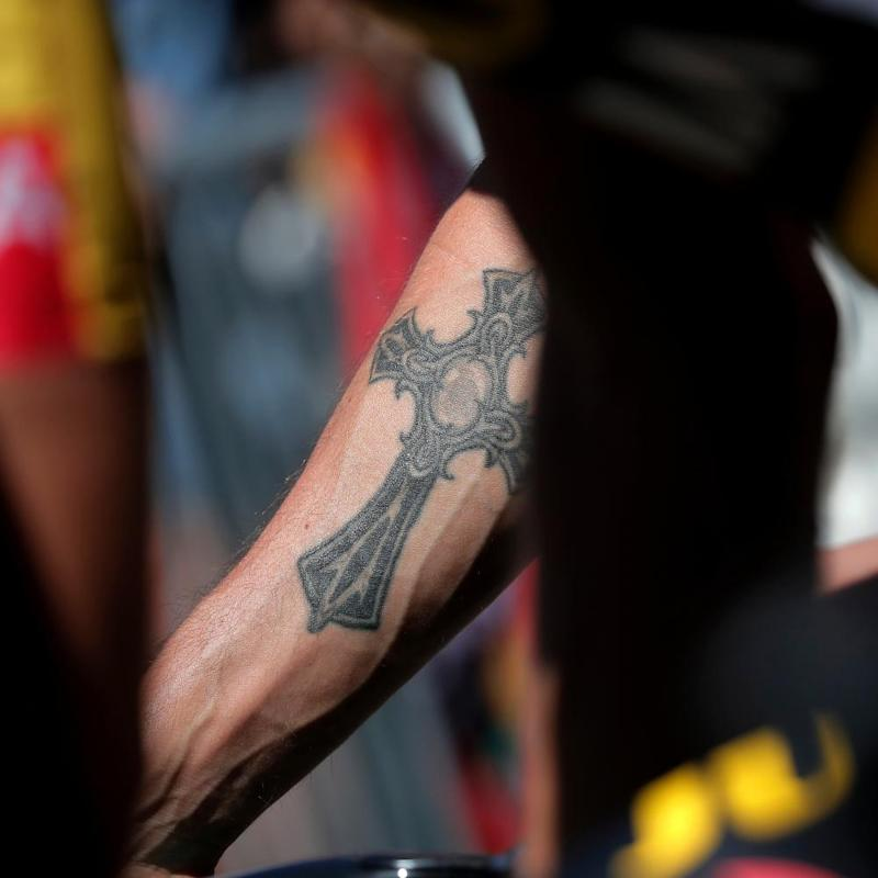 Rider's tattoo ahead of Stage 5.