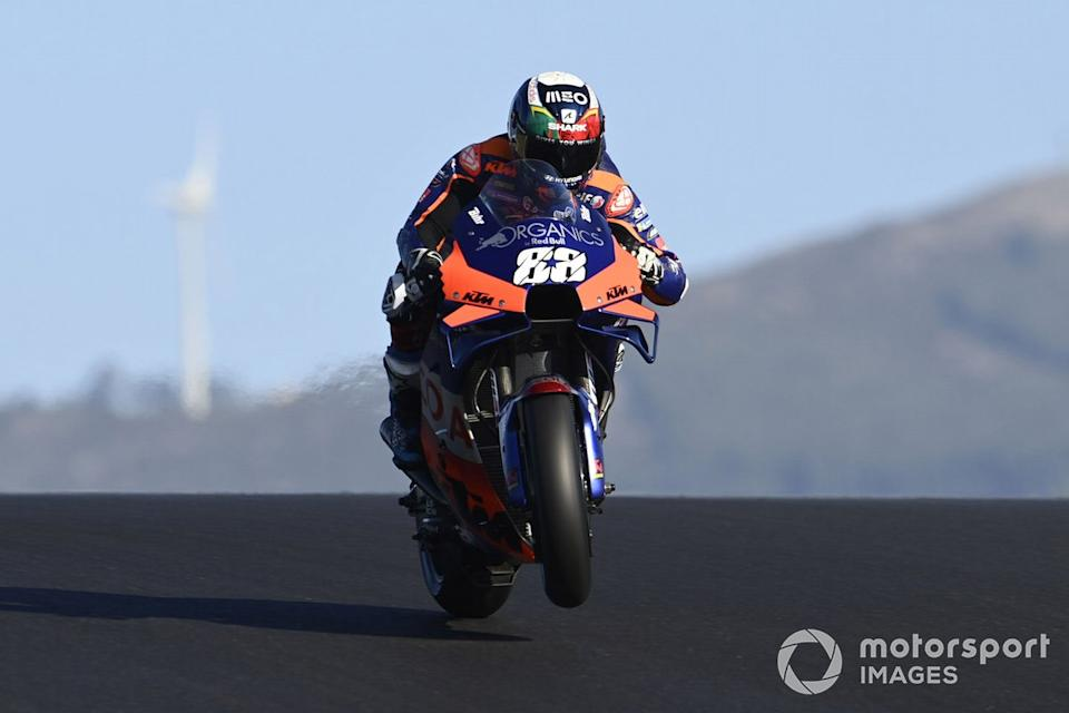 "P1 Miguel Oliveira, Red Bull KTM Tech 3<span class=""copyright"">Gold and Goose / Motorsport Images</span>"