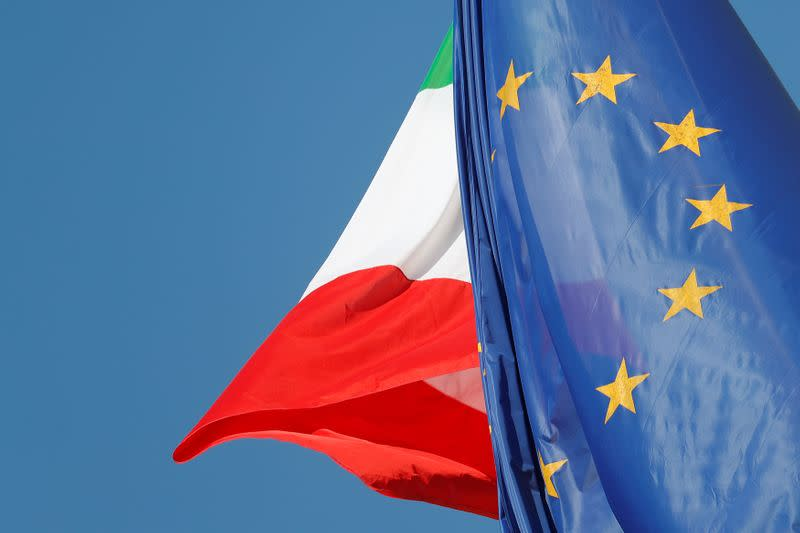 Italy enjoys oversized ECB support as debt balloons
