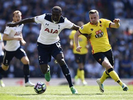 Britain Football Soccer - Tottenham Hotspur v Watford - Premier League - White Hart Lane - 8/4/17 Tottenham's Moussa Sissoko in action with Watford's Tom Cleverley Reuters / Dylan Martinez Livepic