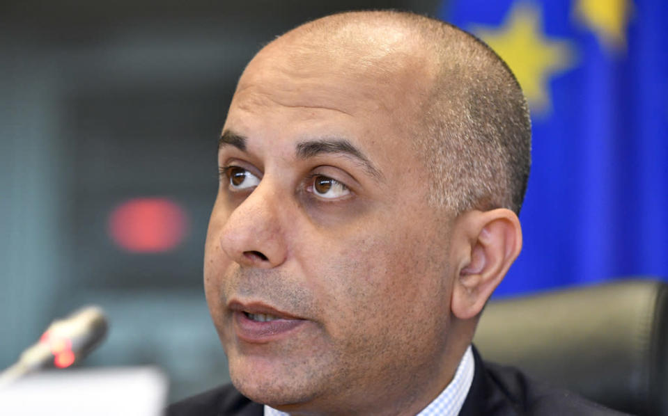 Conservative MEP Sajjad Karim has called for the controversial banner to be removed (European Parliament)