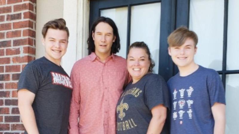 Keanu Reeves Gives 'Breathtaking' Act Of Kindness To Unassuming Fan