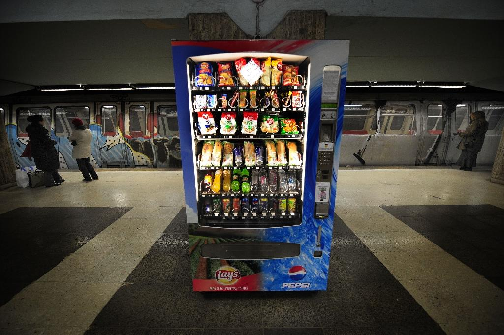 A junk food machine in a subway station is shown in Romania in 2010, where the population has the smallest proportion of obese people in Europe, despite eating the least fruits and vegetables (AFP Photo/Daniel Mihailescu)