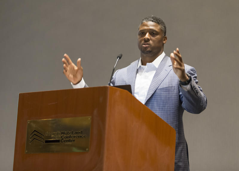 Warrick Dunn has been changing lives for over 20 years. (AP)