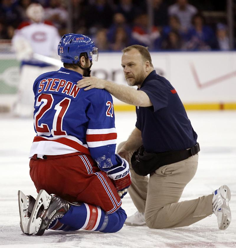 Rangers, Canadiens fight fiercely on and off ice