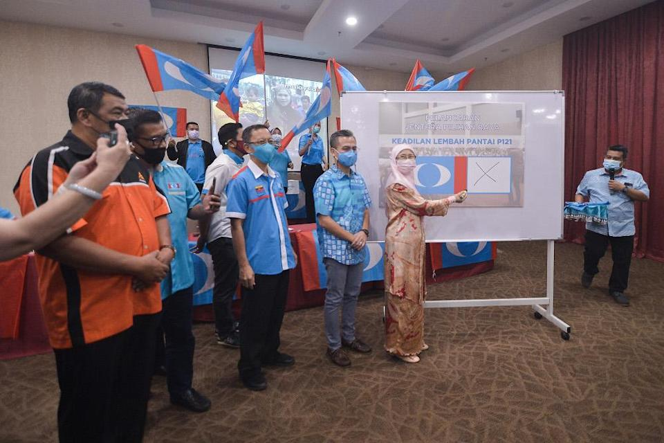PKR leaders and members are seen during the PKR Annual General Meeting at Lembah Pantai April 4, 2021. — Picture by Miera Zulyana