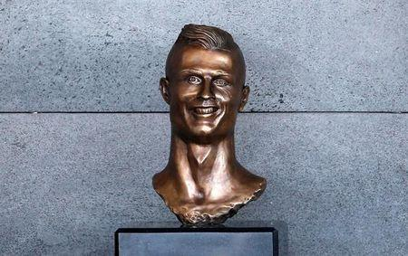 A bust of Cristiano Ronaldo is seen before the ceremony to rename Funchal Airport as Cristiano Ronaldo Airport in Funchal, Portugal March 29, 2017. REUTERS/Rafael Marchante