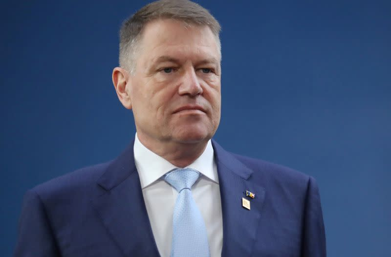 Romania president launches new consultations to form government