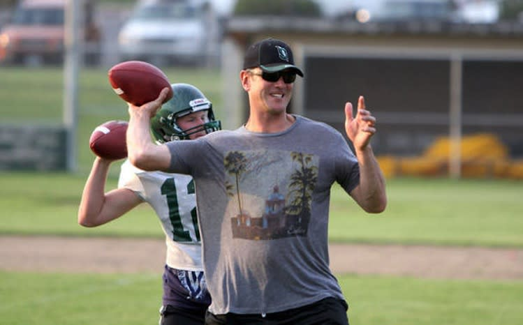 Drew Bledsoe is shunning outright retirement to be a prep offensive coordinator — OregonLive.com